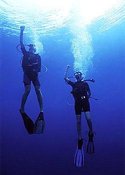 Всплытие на открытой воде без ходового конца может оказаться довольно сложным. Работайте над идеальной плавучестью, чтобы облегчить свою задачу.