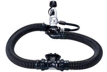 В честь празднования 50-летия со дня рождения регулятора Mistral компания Aqua Lung...