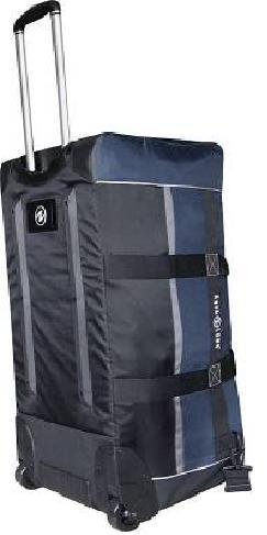 Сумка Aqua Lung Traveller 850.  Легкая жесткая спинка.