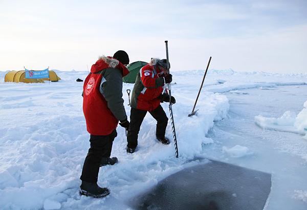 Arctic Circle – сухой гидрокостюм для экстремально холодной воды