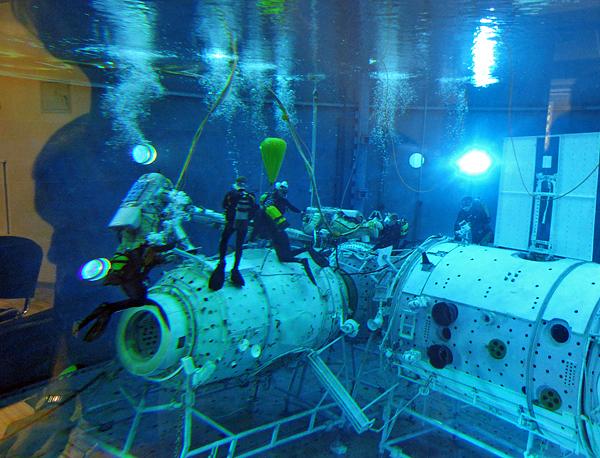 Встречи с интересными людьми: интервью с космонавтом Антоном Шкаплеровым