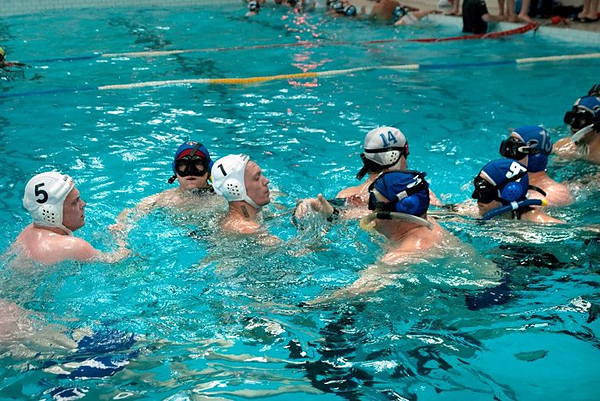 Международный турнир по подводному регби прошел в Санкт-Петербурге