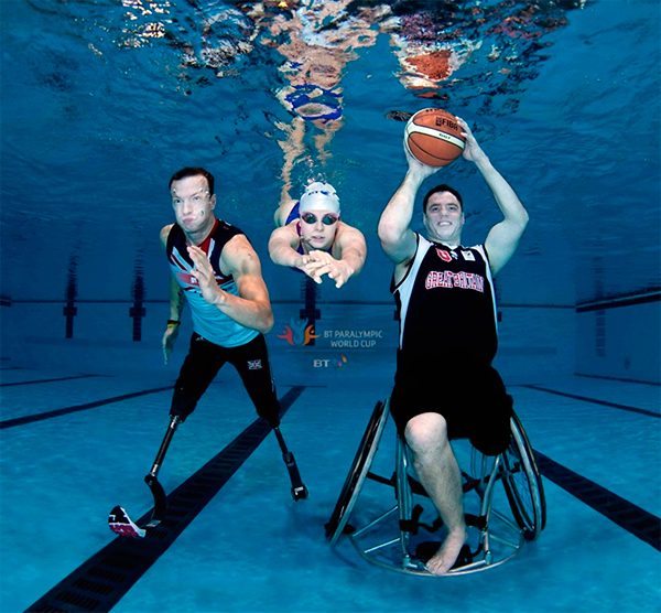 Рекламная съемка паралимпийцев под водой