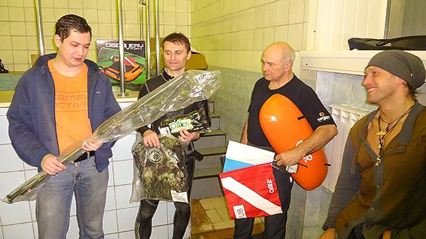 Зеленая Черепаха приветствует победителей Турнира подводных стрелков!